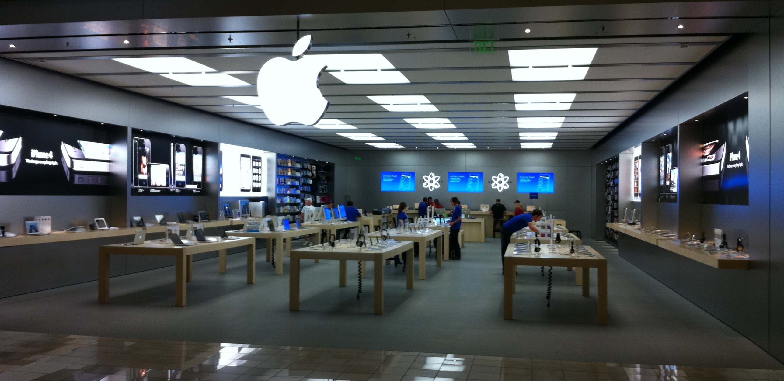 Boise Apple Store At The Towne Square Mall